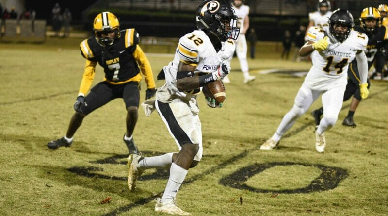 Pontotoc jumps out to early lead and uses big plays to advance to third round of playoffs